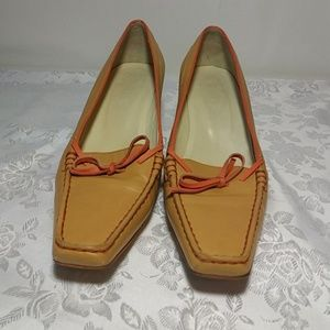 Tod's Shoes - Tods $425 low heel leather pumps, size 8